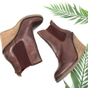 Lucky Brand Leather Wedge Pull On Booties Chelsea